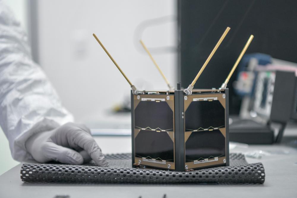 Lanzan primer nanosatélite mexicano al espacio